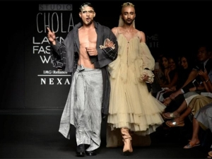 Lakme Fashion Week 2018 Prateik Babbar S Drag Queen Look Is Intersting