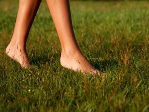Health Benefits Going Barefoot Navratri Vart