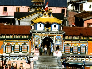 Why Badrinath Temple Door Shut During Winter