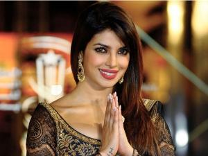 Try Priyanka Chopra Ubtan Recipe Glowing Skin