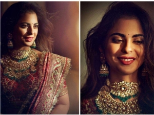 Isha Ambani Shine Sabyasachi Designed Outfit Graha Shanti Pooja