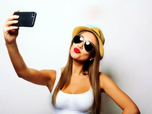 Selfies Driving People Go Under The Knife Study
