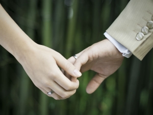 Mistakes To Avoid When You Stay Away From Your Wife After Marriage