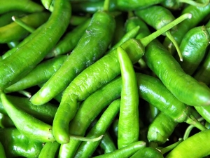 Six Amazing Health Benefits Eating Green Chillies