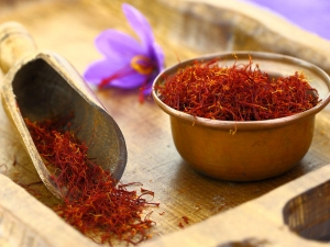 Easy Way To Identify Pure Saffron Or Kesar