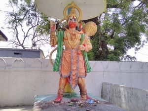 Significance Of Bada Mangal And How To Offer Sindoor Chola To Hanuman