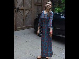 Sara Ali Khan S Boho Chic Look Shell Out Only Rs 2500 To Get Her Affordable Look