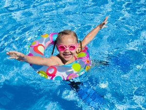 Tips For Keeping Kids Safe In Swimming Pools