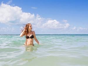 Swimming In Sea Water May Make You Sick Study