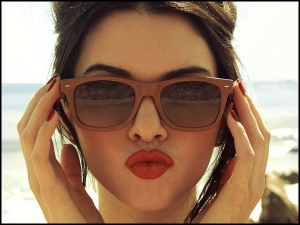 How To Check If Your Sunglasses Are Actually Protecting Your Eyes