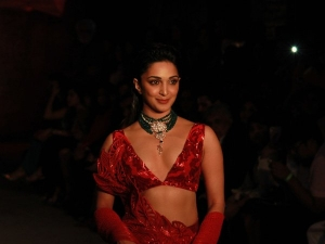 Kabir Singh Star Kiara Advani Wows In Red At Icw