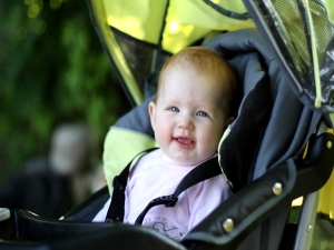 Common Mistakes Parents Make With Strollers