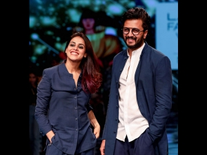 Lfw 19 Mrunal Thakur Athiya Shetty Riteish And Genelia Scorch Ramp