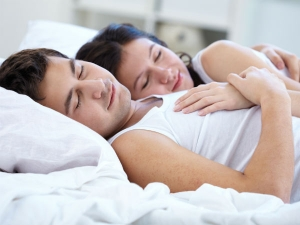 How Much Your Partner Sleeps At Night Can Affect Your Chance Getting Pregnant