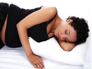 Sleeping On The Left Side During Pregnancy Not That Important Finds Study
