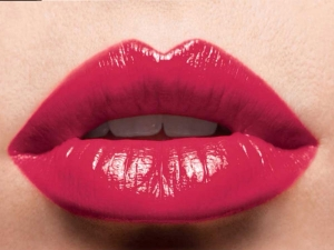 Makeup Tricks For Getting Fuller Lips