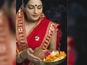 This Karwa Chauth Get Beautiful Glow With These Homemade Face Packs