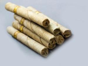 Are Clove Cigarettes Healthier Than Regular Cigarettes
