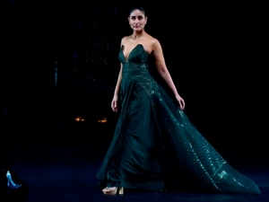 Kareena Kapoor Was A Picture Of Grace At The Lakme Fashion Week Grand Finale