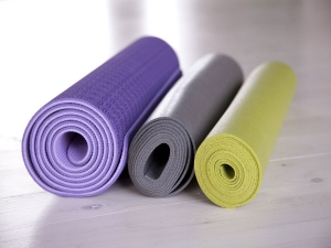4 Easy Hacks To Stop Slipping On A Yoga Mat