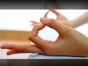 Yoga For Bad Breath Do The Yonishunya Mudra
