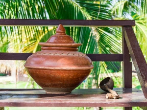 Health Benefits Of Drinking Water From A Clay Pot In Summers