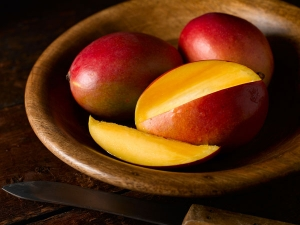 Health Hazards Of Consuming Artificially Ripened Mango Fruits