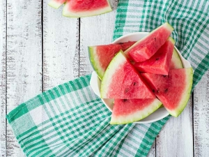 Why Watermelon Should Not Be Consumed At Night