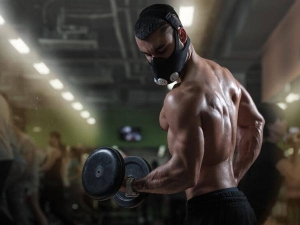 Here S Why You Should Never Exercise With Your Mask