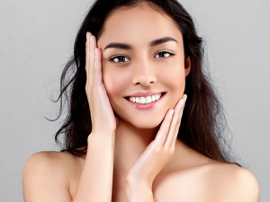 5 Anti Ageing Skincare Products For Glowing Skin