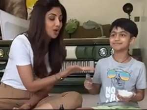 Shilpa Shetty Made Diy Salt Scrub With Her Son Viaan Watch Video