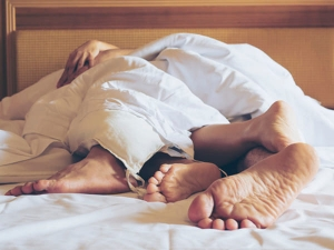 Try These Tips To Improve Your Performance In Bed Without Medicine