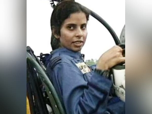 Who Is Gunjan Saxena The Kargil Girl