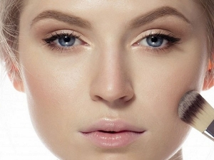 Know How To Refresh Your Makeup In 5 Minutes