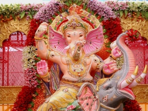 Ganesh Chaturthi 2020 Special Mantra Based On Your Zodiac Signs