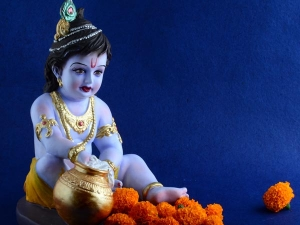 Janmashtami Upay How To Impress Shri Krishna On Janmashtami