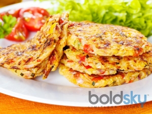Cheesy Corn Paratha Recipe