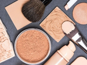 Know How To Choose Right Foundation And Concealer During Online Shopping