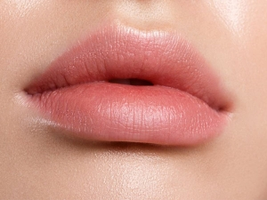 What Is Lip Blushing Know Everything About Semi Permanent Lipstick