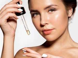 How To Use Facial Oil For Glowing Skin