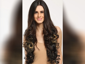 Use Hair Extension For Different Hair Style And Beautiful Look