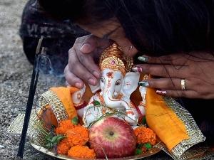 Sakat Chauth 2021 Date Puja Muhurat Significance In Hindi