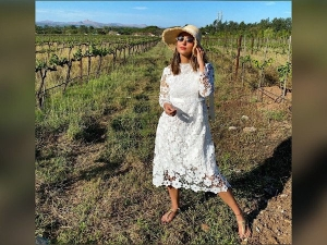 Hina Khan Beautiful Holiday Look In White Lace Dress And Hat