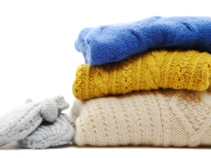 How To Remove Lint From A Woolen Clothes