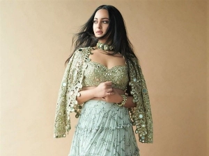 Sonakshi Sinha Looks Elegant In Olive Green Skirt Set