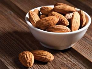 Eating Almonds In Summer Is Good For Health