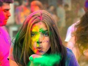 Skin Care Use These Diy Face Pack After Holi For Glowing Skin