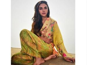 Aditi Rao Hydari Looks Stunning In Pyjama Set