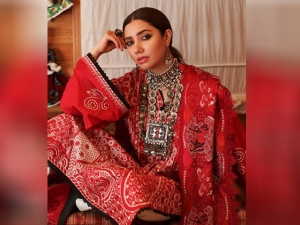 Raees Actress Mahira Khan Sets New Fashion Goals For Eid