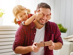 Happy Fathers Day Skin Care Tips For Men At Home